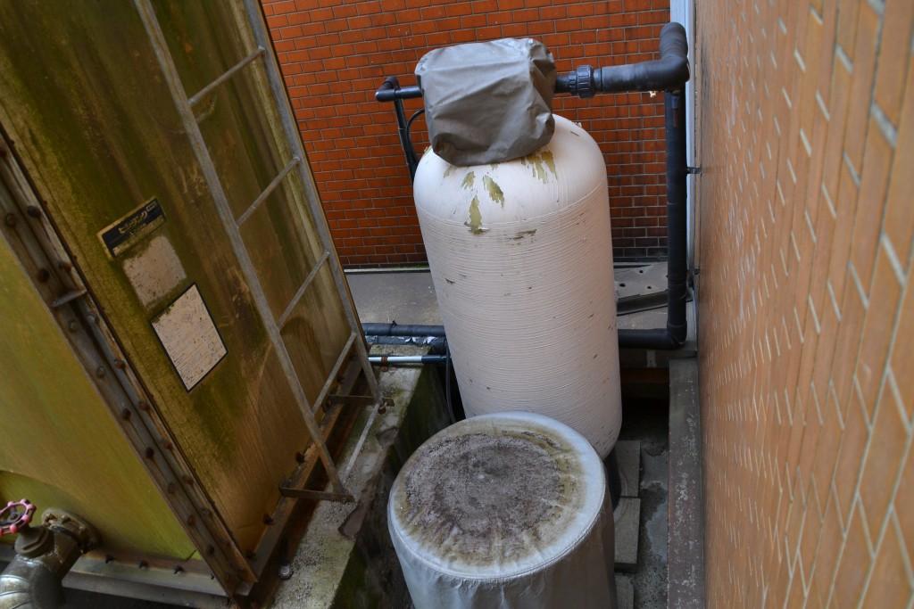 水を「砕く」という軟水機