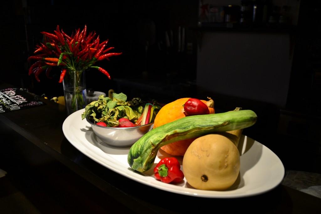 一般の家庭では味わえない個性的な野菜たち こうした「旬」が楽しめるのも、同店の魅力