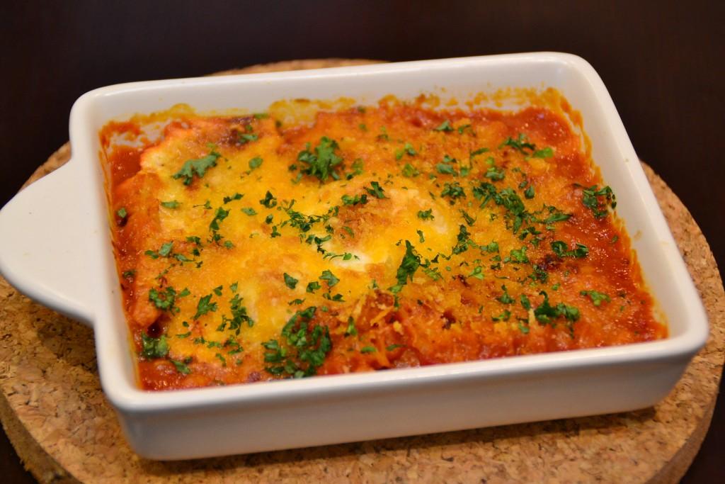 グランドメニューのオススメ 「トリッパとひよこ豆のトマト煮込み 半熟卵のせ」 (850円税別)